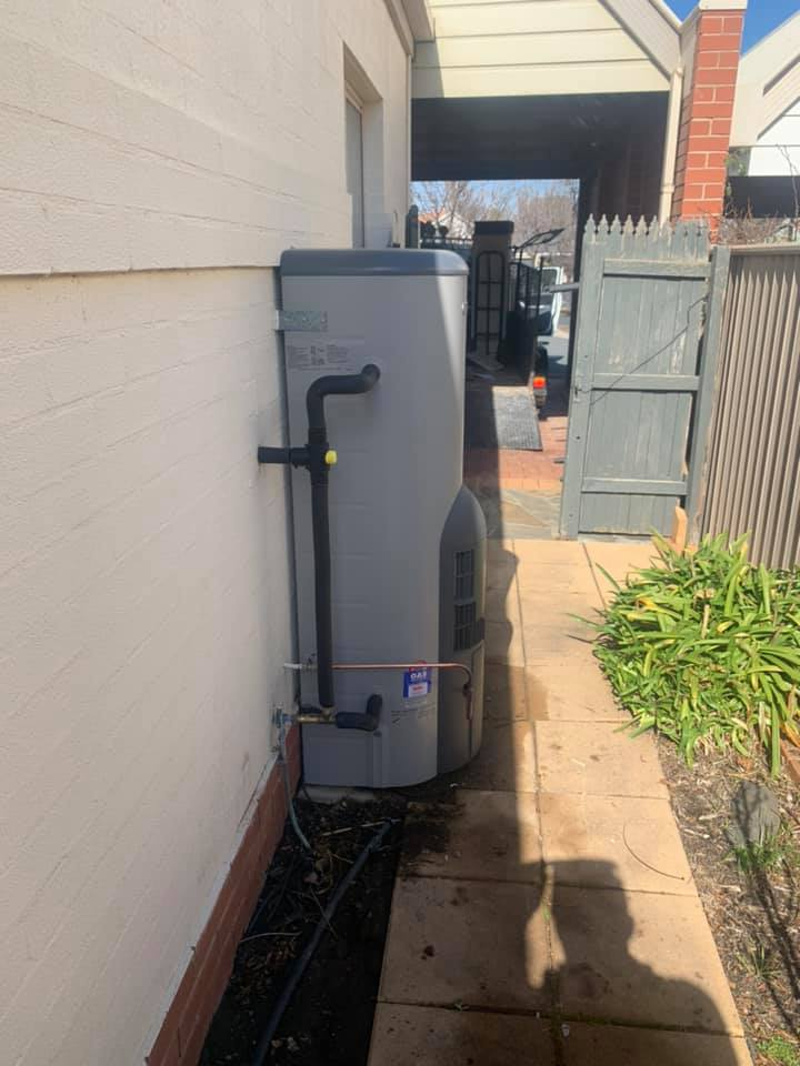 hot water replacement canberra