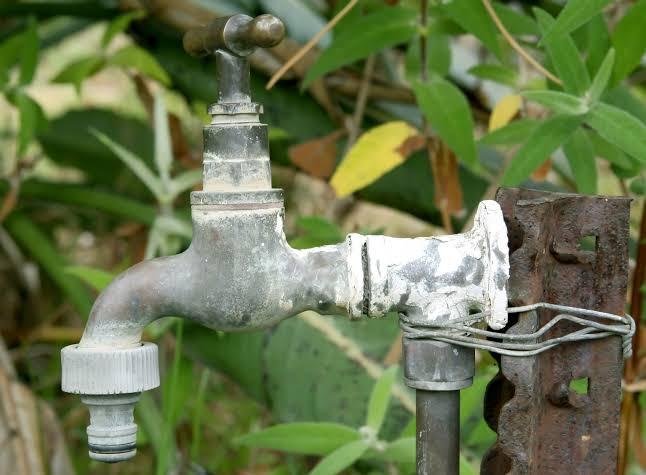 outdoor leaking tap canberra